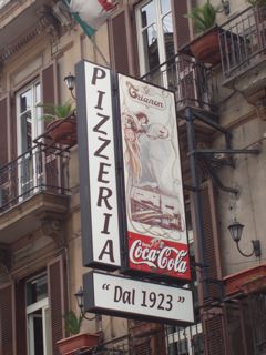 Trianon Pizzeria in Naples