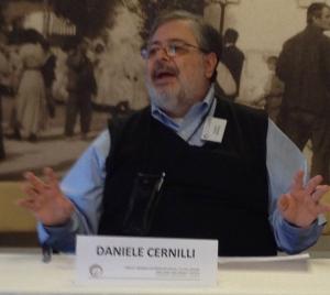 "Daniele Cernilli ""Doctor Wine""  announcing the winners"